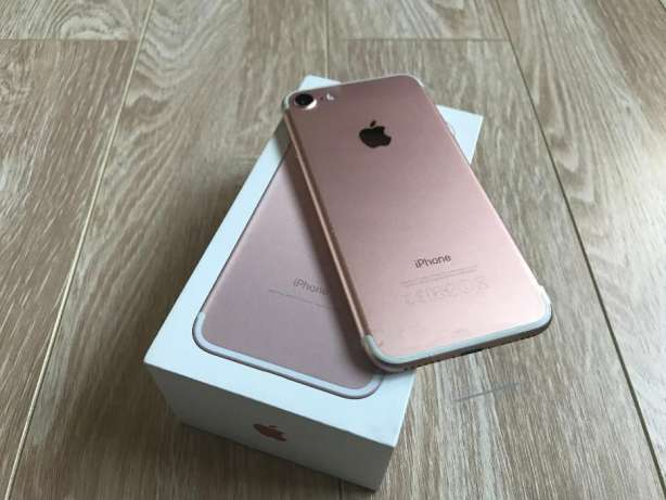 Vand Apple iPhone 7 -32gb NOU/GARANȚIE...400 Euro/Apple iPhone 7 256GB  Garantie Apple...500 Euro
